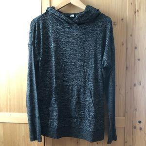 Tops - GUC Gap Hooded Sweater
